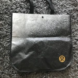 Lululemon large tote bag